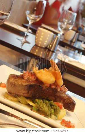 Steak With Tempura Prawns