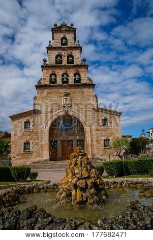 Church Of The Assumption In Cangas De Onis, Asturias,  Spain And Statue Of Don Pelayo, First King Of
