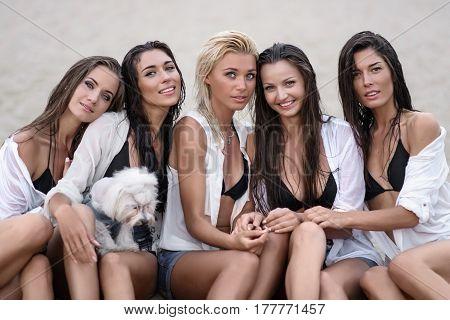 Portrait Of Five Girlfriends Girls On The Summer Beach