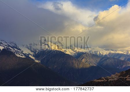 Sunrise scenery of Meili snow mountain and Mingyong glacier this viewpoint from Feilai temple Deqing Yunnan China