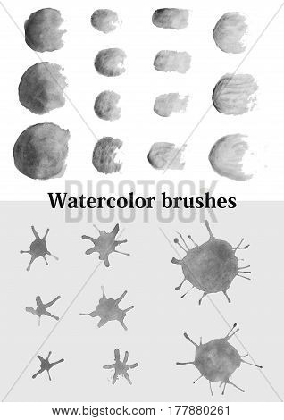 set of watercolor brushes of different shapes