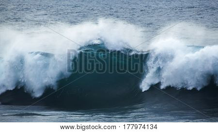 Powerful Ocean Wave Breaking