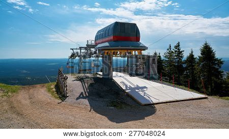 Braunlage, Germany - April 29, 2018: Chairlift To The Summit Of The Wurmberg Mountain In Braunlage I