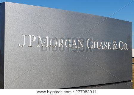 Indianapolis - Circa January 2019: Jpmorgan Chase Operations Center. Jpmorgan Chase And Co. Is The L