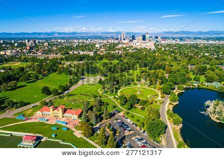 Green Summer Cityscape Above City Park , Lake , And Green Spaces Denver , Colorado , With Skyline Ci