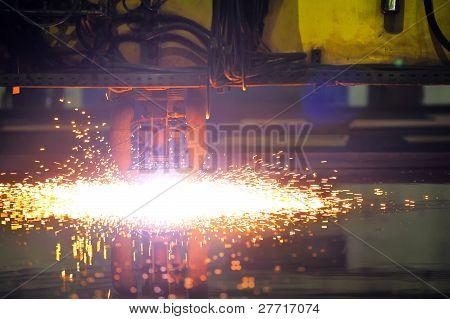 Plasma cutting CNC machine