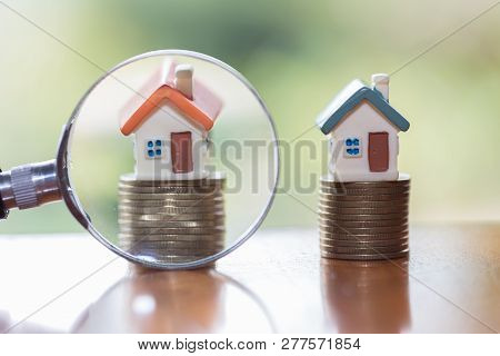 Miniature Of House With Magnifying Glass And Coin,  Choice Of Location For The Construction, Of Mort