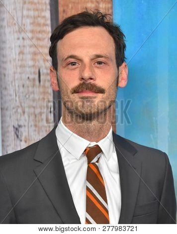 LOS ANGELES - JAN 10:  Scoot McNairy arrives to HBO's 'True Detective' Season 3 Premiere  on January 10, 2019 in Hollywood, CA