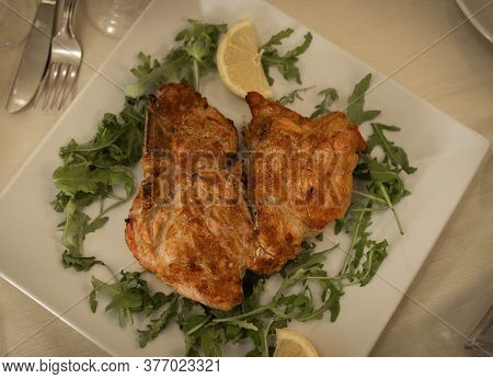 Florentine Steak With Arugula And Lemon
