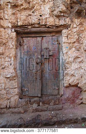 Al-mahwit / Yemen - 03 Jan 2013: The Door In Al-mahwit Village In Mountains, Yemen