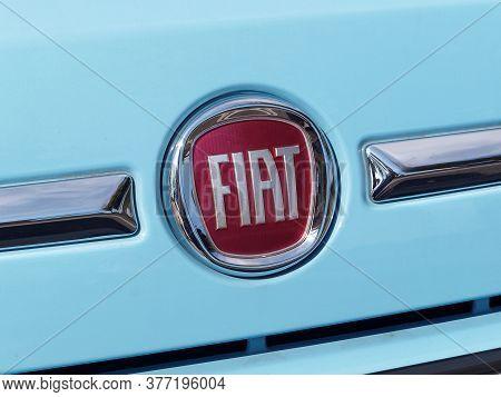 Galati, Romania - September 20, 2015. Fiat Sign Close Up In Fron Of A Car. Fiat, Fabbrica Italiana A