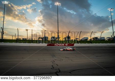 July 18, 2020 - Newton, Iowa, USA: GRAHAM RAHAL (15) of the United States  races through the turns during the  race for the Iowa INDYCAR 250s at Iowa Speedway in Newton, Iowa.