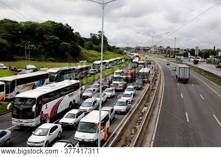 Salvador, Bahia / Brazil - April 27, 2015: Vehicles Are Seen During Congestion On Highway Br 324 In