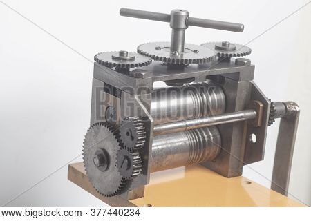Jewelry Rolling Mill Tool Press Equipment In Jewelry Industry