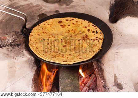 Aloo Paratha, Cooking On Traditinal Wood Fire Stove (chulha)