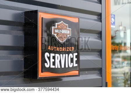 Bordeaux , Aquitaine / France - 07 17 2020 : Harley-davidson Authorized Service Motorcycle Sign Stor