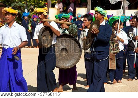 SHAN STATE, MYANMAR - FEBRUARY 03: Festival in honour of young boys who are becaming the novice monks on February 3, 2011 in Ti Daing monastery in Pa'O people's village, Shan state of Myanmar.