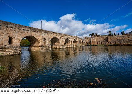 Puente Romano, The Roman Bridge In Merida, Extremadura, Spain. It Is The Longest Surviving Roman Bri