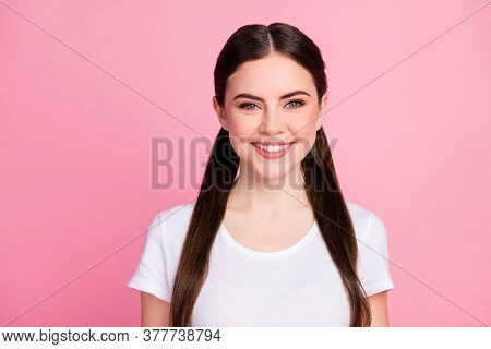 Close-up Portrait Of Her She Nice-looking Attractive Lovely Pretty Lovable Cute Winsome Cheerful Che