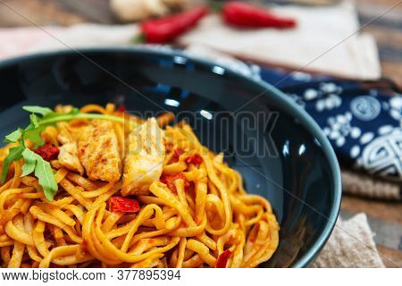 Asian Noodles with Chicken and Black Mushrooms,Coriander