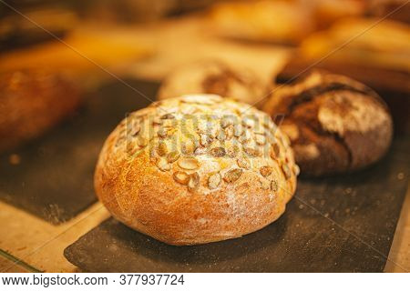Village Bread. Round Bread. Bread Showcase. Bakery. Homemade Baked Bakery Bread, Fresh Round Bread W