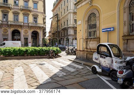 Milan, Italy - April 17, 2018. View Of The Via Alessandro Manzoni And Via Dell Annunciata In The His