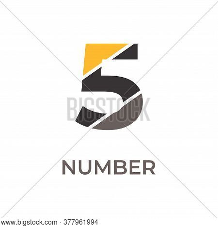 Number 5 Logo Design. Number 5 Vector Illustration. Number 5 Icon Simple Vector Sign And Modern Symb