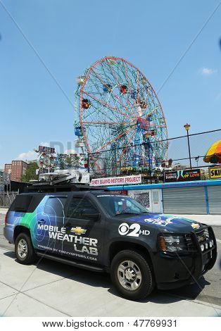 CBS Channel 2 mobile weather lab in Brooklyn, NY