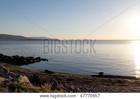 Bellingham Bay - Rocky Beachfront