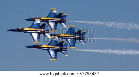 Mankato, Mn- June 9 Us Navy Blue Angels In F-18 Air Show