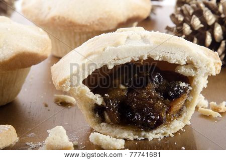 Shortcrust Pastry Pies Filled With Fruit Mincemeat
