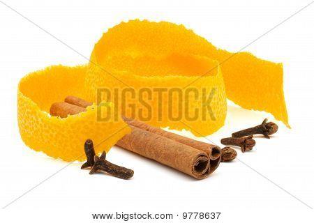 Orange Peel, Cinnamon And Clove