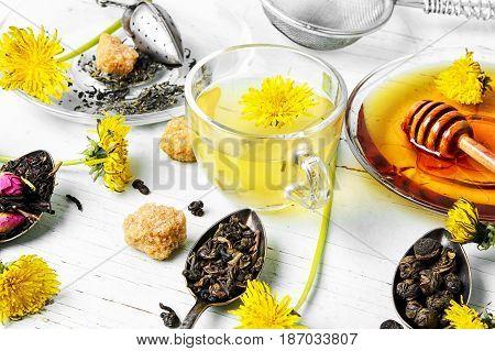 Tea With Honey Dandelion