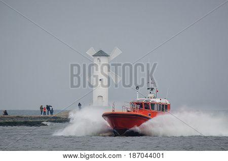 MARITIME PILOT AND STAWA MILLS - Pilot vessel within the port of Swinoujscie