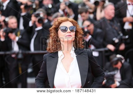 CANNES, FRANCE - MAY 18:  Susan Sarandon attends the 'Nelyobov (Loveless)' screening during the 70th Cannes Film Festival at Palais des Festivals on May 18, 2017 in Cannes, France.
