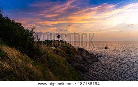 Twilight Sky On Sea Backgrond