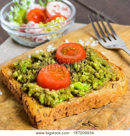 Avocado Toast With Whole Wheat Bread And Vegetable Salad