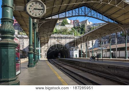 PORTO PORTUGAL - OCTOBER 20 2015: Platforms of the Sao Bento Railway Station in Porto Portugal. The historical station is known for its tile (azulejo) panels that depict scenes of the History of Portugal