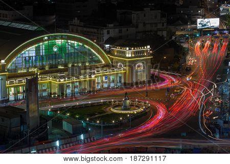 BANGKOK THAILAN - MAY20 : beautiful traffic lights and Hua Lumphong railway station in heart of bangkok on may20 2017 in bangkok thailandd