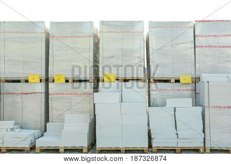 Goods for wholesale distribution outdoors