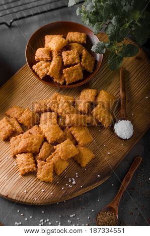 Homemade Cheese Crackers