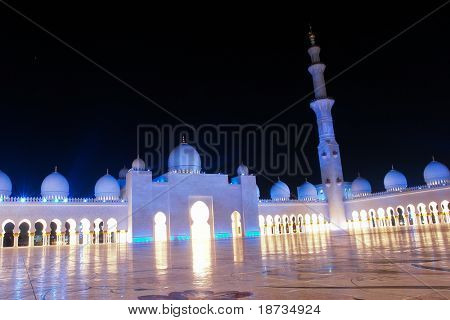 Sheikh zayed mosque in Abu Dhabi, UAE, Middle East