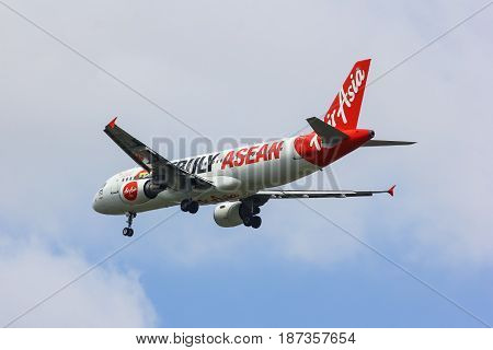 Hs-abe Airbus A320-200 Of Thaiairasia. Asean Paint Of Aircraft.