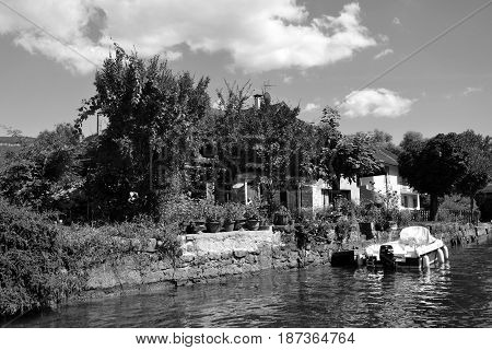 A boat on the Savière chanel around Chanaz and Aix-les-bains - August 2016 10th