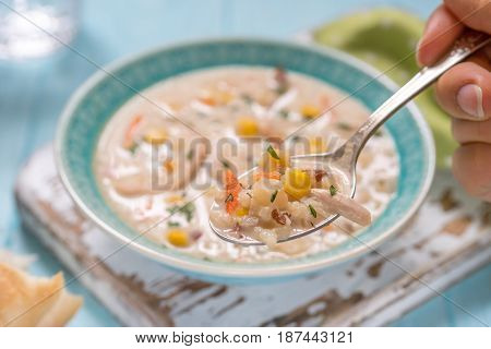Chowder with Sweet Corn, Chicken and Potato