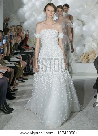 Mira Zwillinger - Spring 2018 Collection - New York Fashion Week Bridal