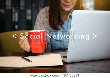 Social Networking Chat Communication Online Social Media