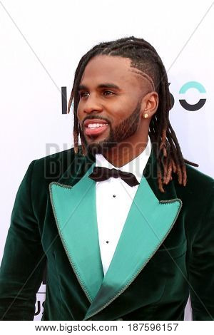 LAS VEGAS - MAY 21:  Jason Derulo at the 2017 Billboard Music Awards - Arrivals at the T-Mobile Arena on May 21, 2017 in Las Vegas, NV