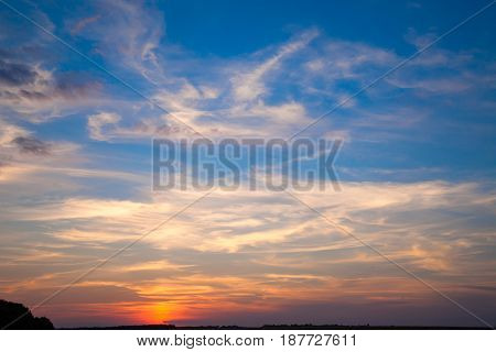 incredibly beautiful sunset, clouds at sunset, colorful sunset, clouds