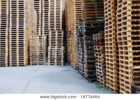 Stockpile of wooden pallets for transportation